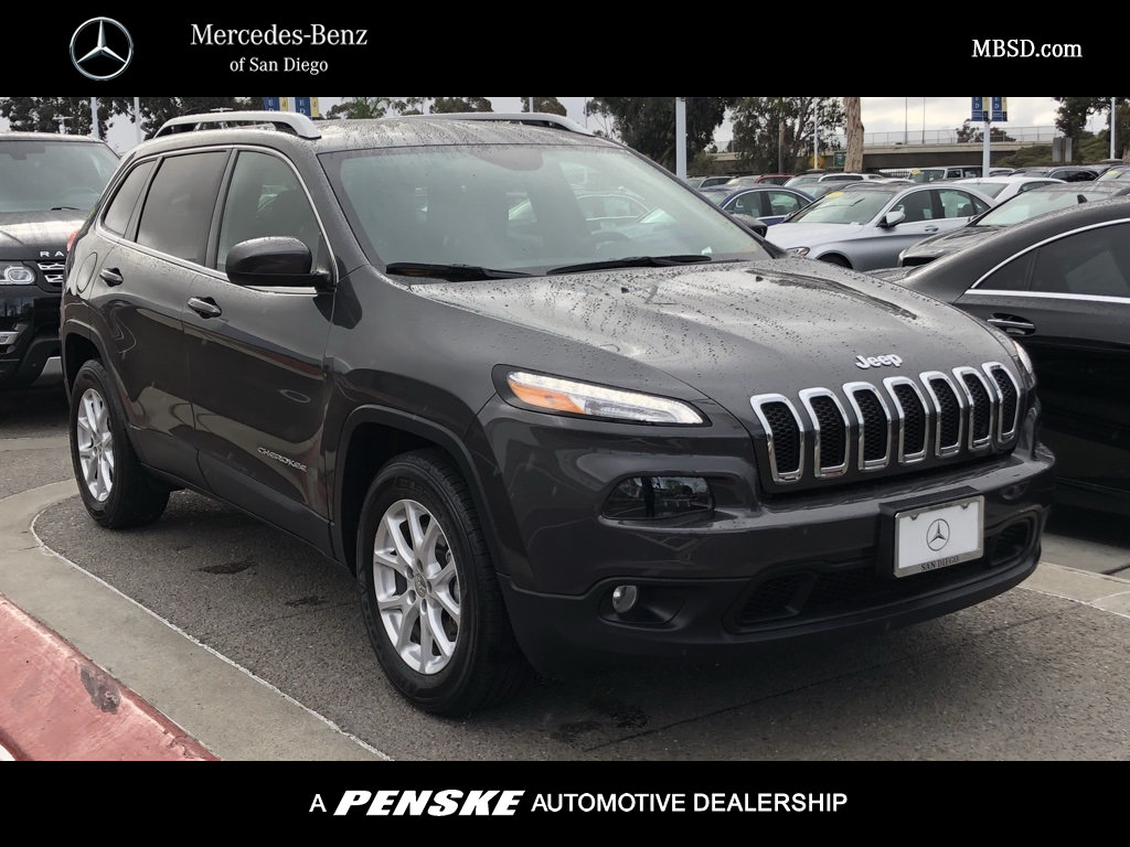 Pre Owned 2015 Jeep Cherokee LTD 4WD 4DR LATITUDE