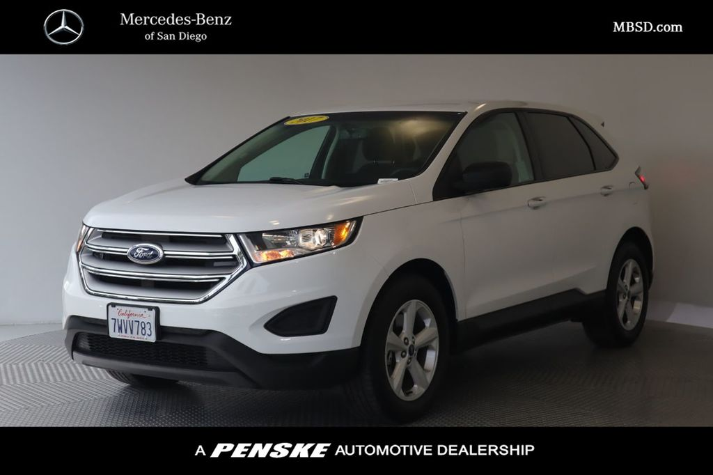 Pre-Owned 2017 Ford Edge SE AWD